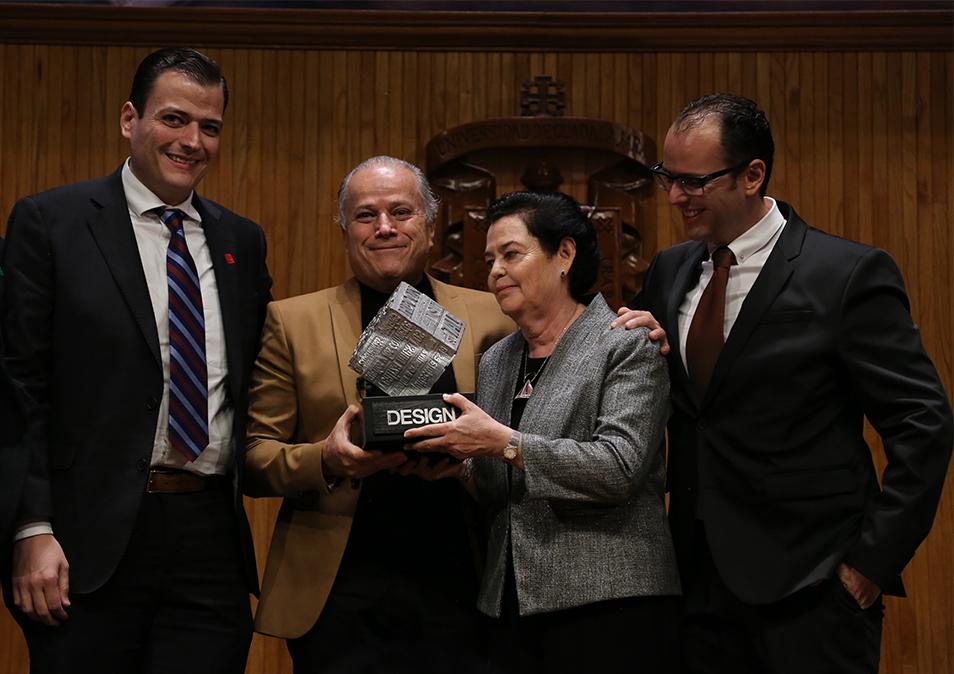 Premian trayectoria del arquitecto Fernando Quirarte