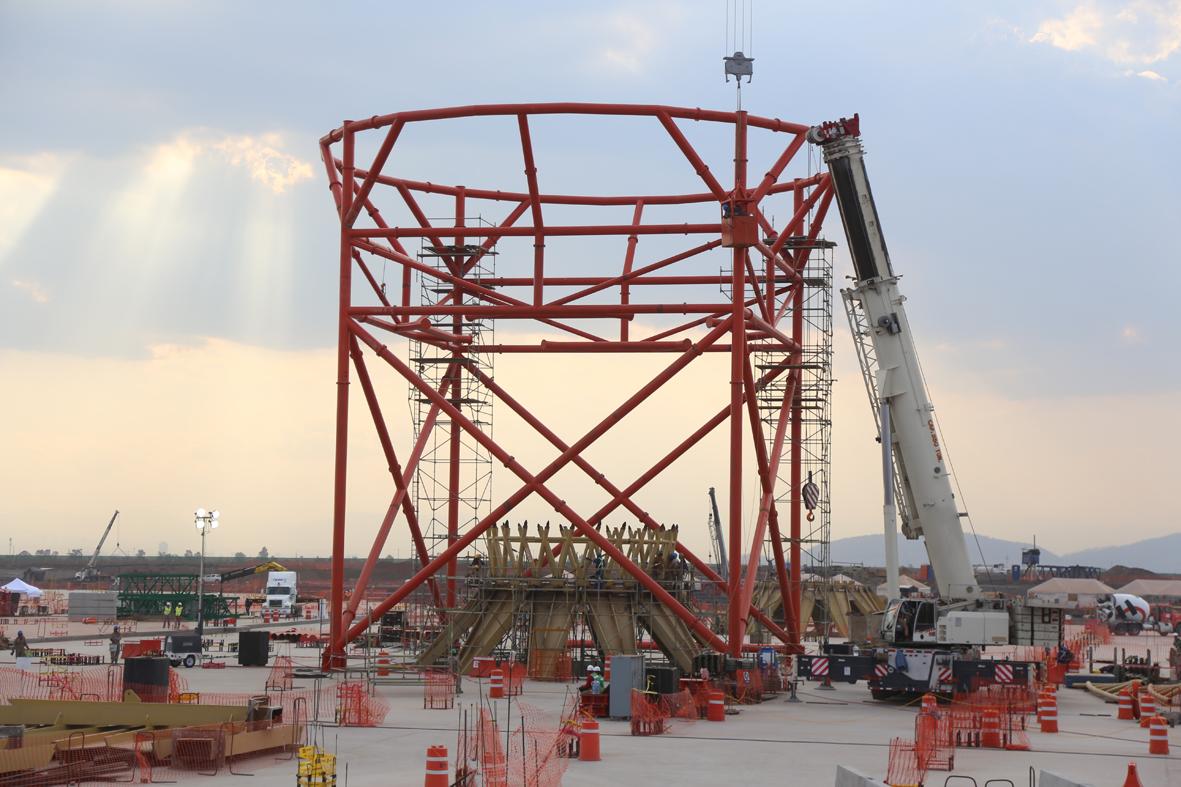 Avanza construcción del edificio terminal del NAICM