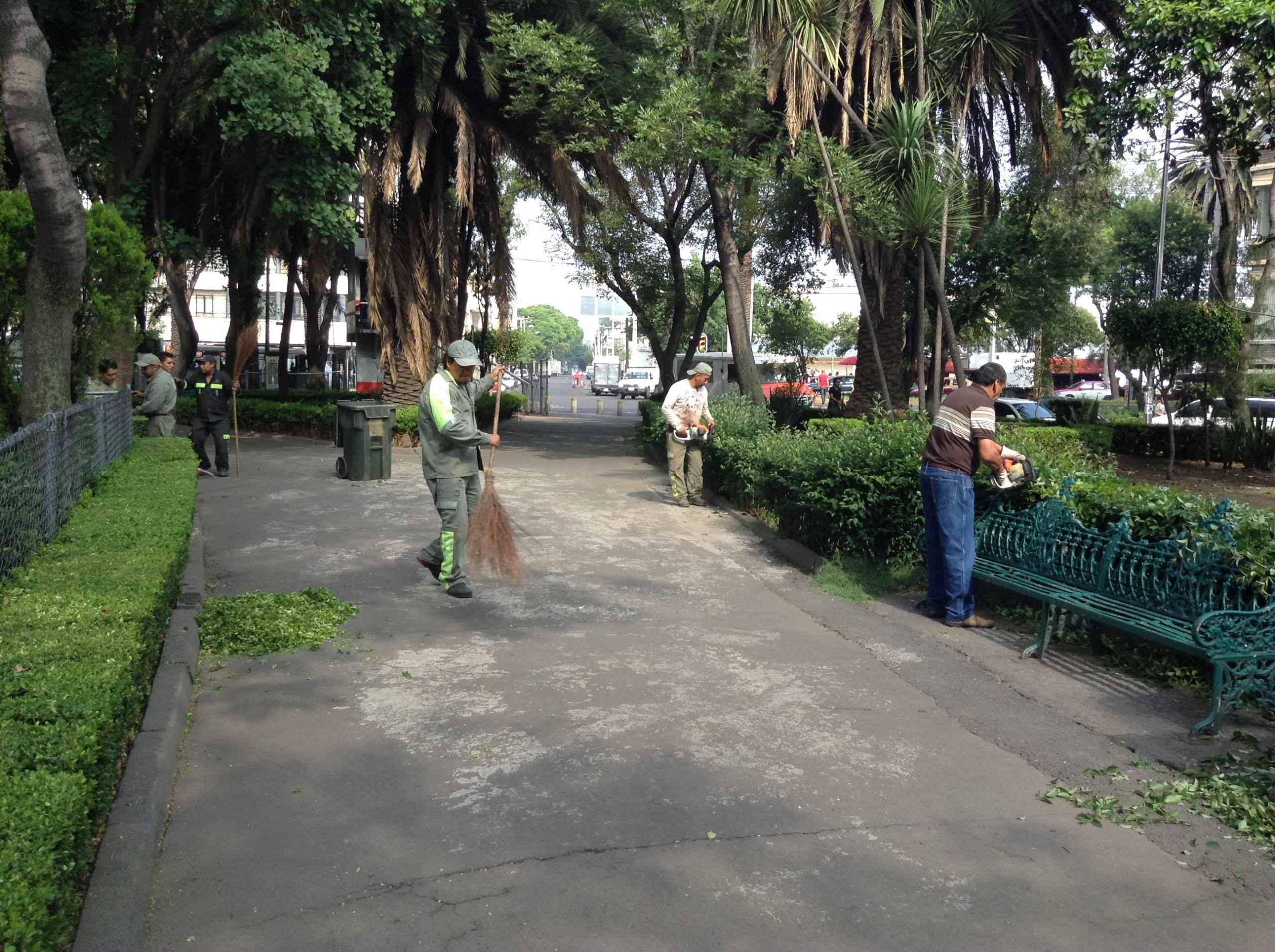 Mejoran imagen urbana del Parque Las Américas