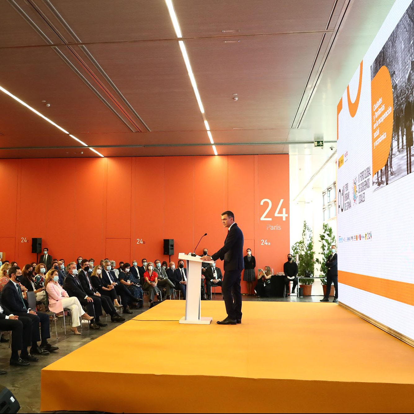 Gobierno de España apoyará a jóvenes para que accedan a una vivienda