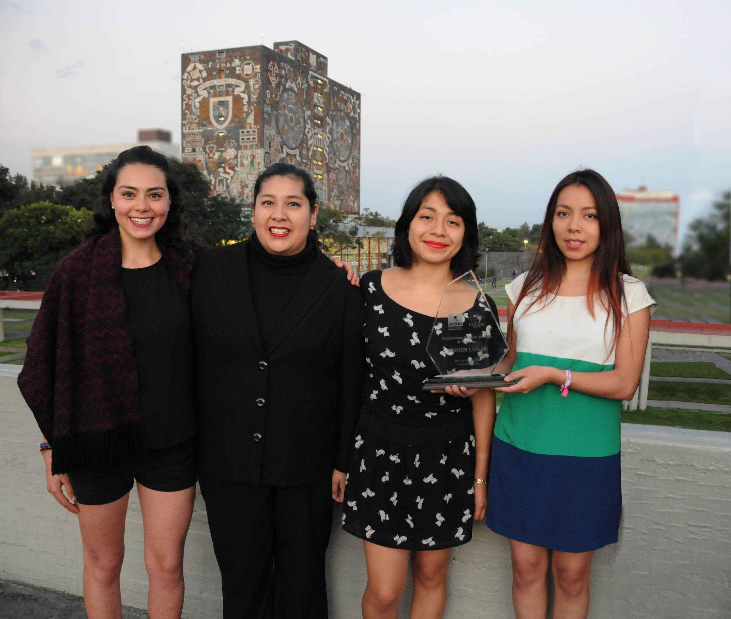 Alumnas UNAM ganan concurso internacional sobre Derechos Humanos