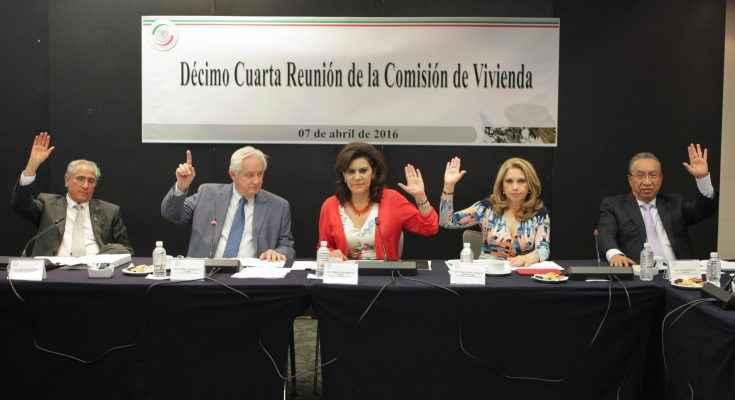 Senado avala reforma a del Infonavit; trasladarrán hipotecas a UMA