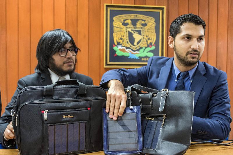 Estudiantes de UNAM diseñan cargadores pórtatiles solares