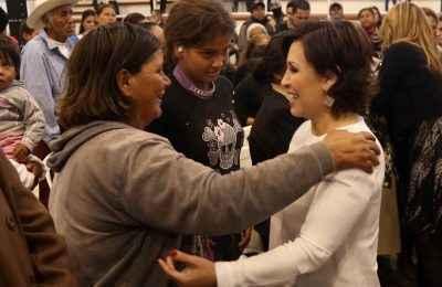 Con Cuartos Rosas, mexicanos tienen vivienda digna: Robles