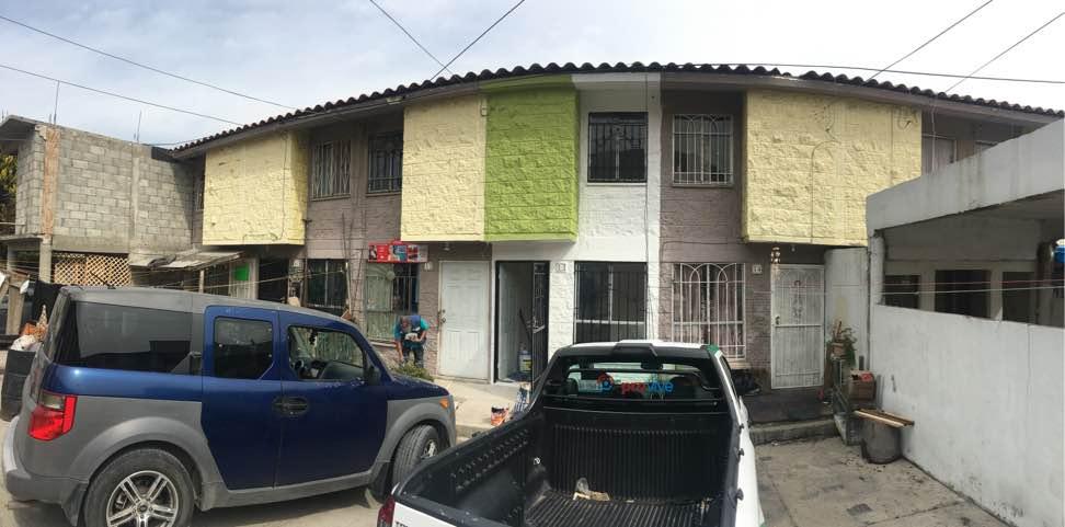 Recuperar casas abandonadas, la empresa de Provive en la frontera