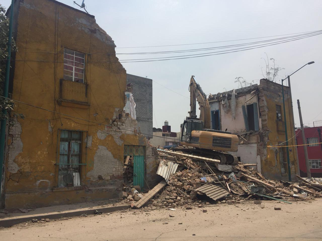 Concluyeron demolición de dos inmuebles en Cuauhtémoc