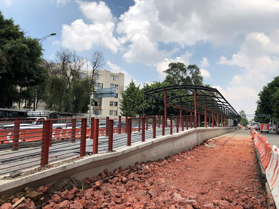 Inicia construcción de estaciones elevadas de Línea 5 del Metrobús