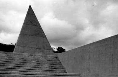 Exponen arquitectura de David Muñoz y su legado
