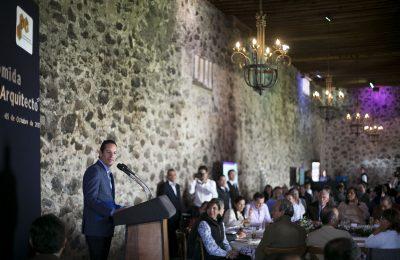 Querétaro reconoce labor del Colegio de Arquitectos estatal