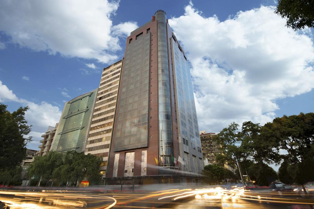 FibraHotel consolida ingresos pese a menor demanda hotelera