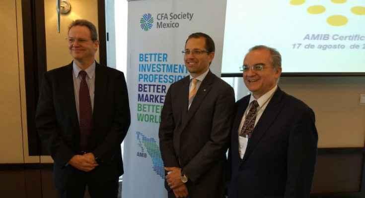 AMIB y CFA Institute firmaron convenio para profesionales financieros