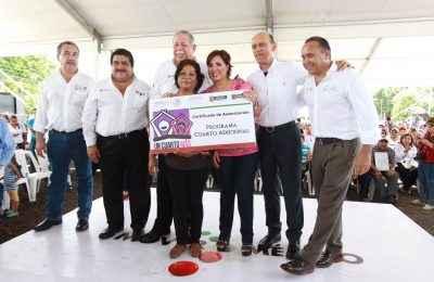 Entrega Sedatu escrituras y cuartos rosas en Tamaulipas