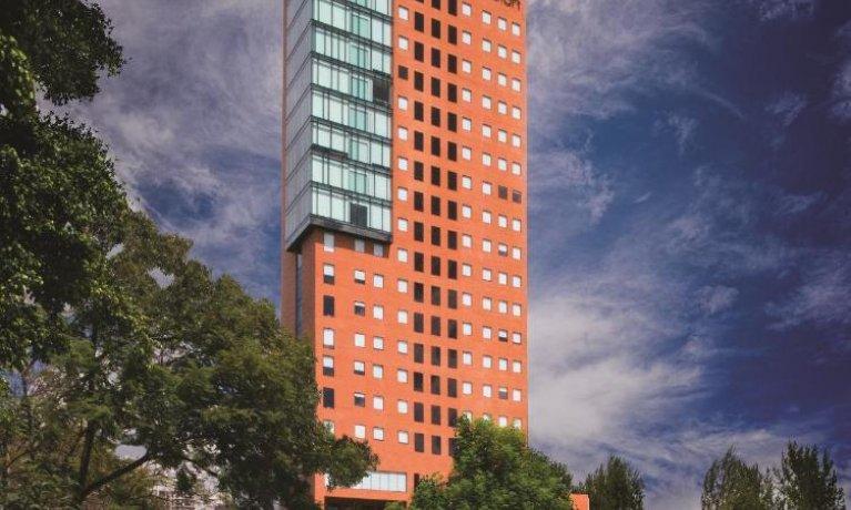 Fibra Inn vende hotel Aloft Guadalajara por 258 mdp
