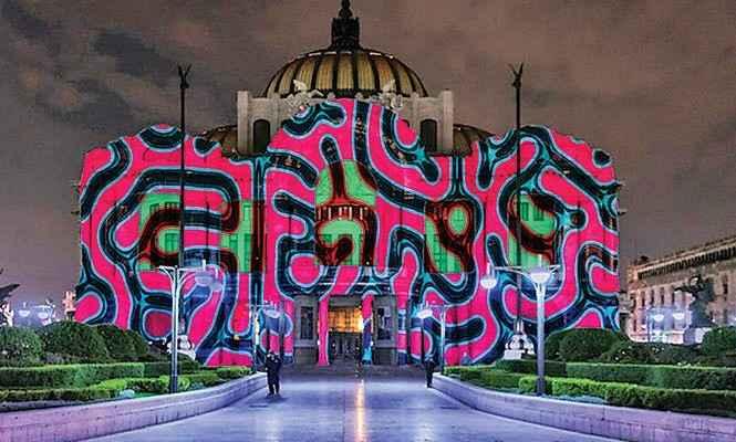 Arquitectura del Centro Histórico de la CDMX se viste con luces