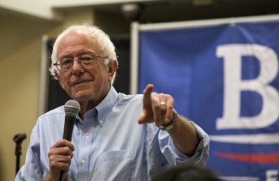 Va Bernie Sanders por descarbonizar a la vivienda en EU