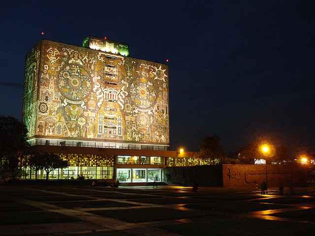 Biblioteca Central de la UNAM festeja su 60 aniversario