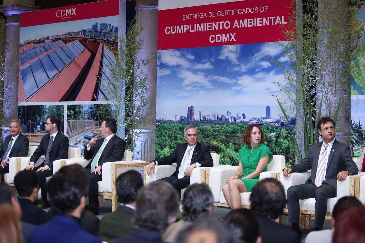 Otorgan certificados de cumplimiento ambiental en CDMX