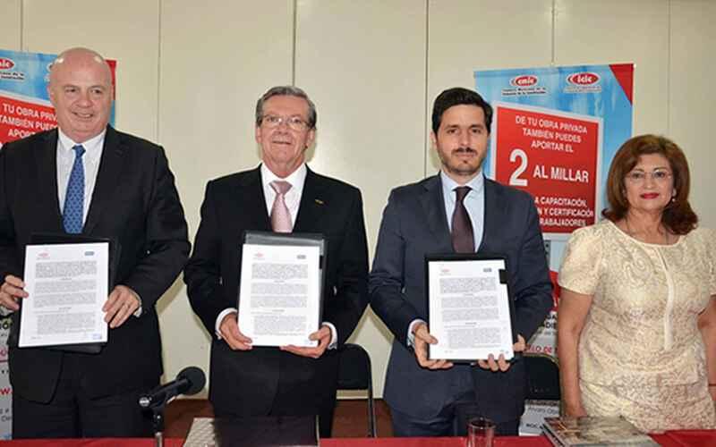 Firman CMIC y Sacyr convenio de colaboración