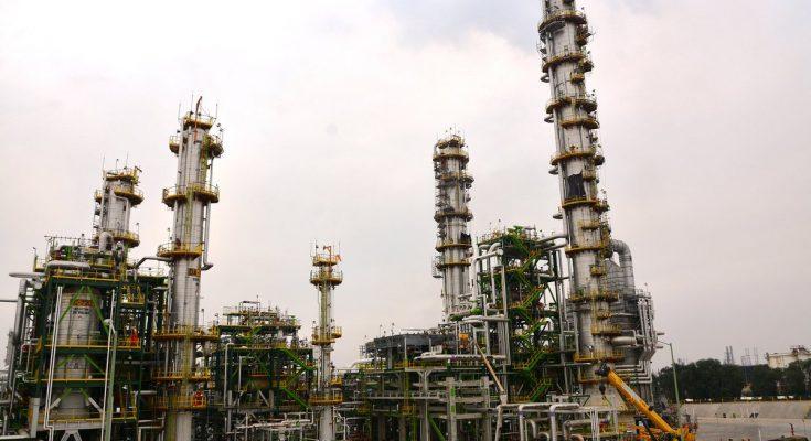 Pemex debe aclarar irregularidades sobre refinería de Tula