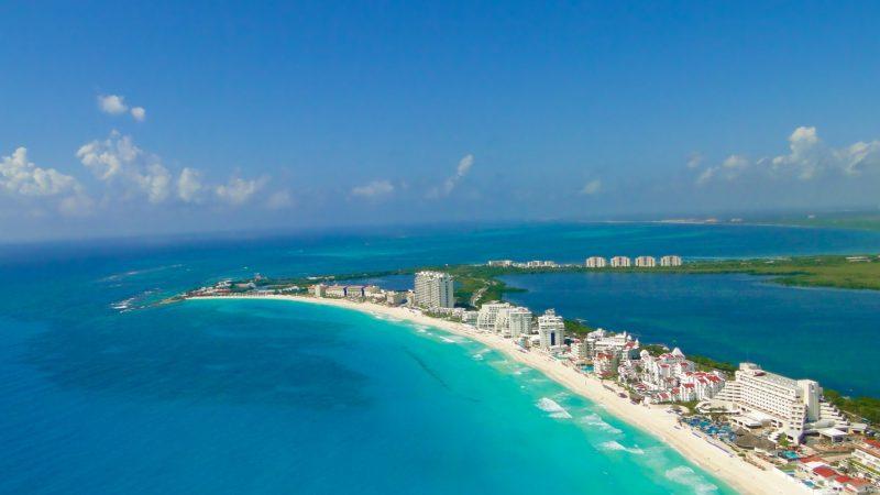 Regenerarán los centros de Cancún y Tulúm