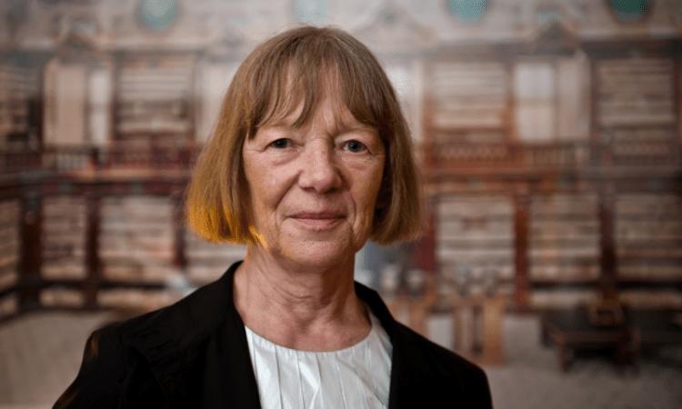 Presenta San Ildefonso fotografía arquitectónica de Candida Höfer