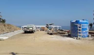 Clausuran construcción de edificio en Playa Careyeros