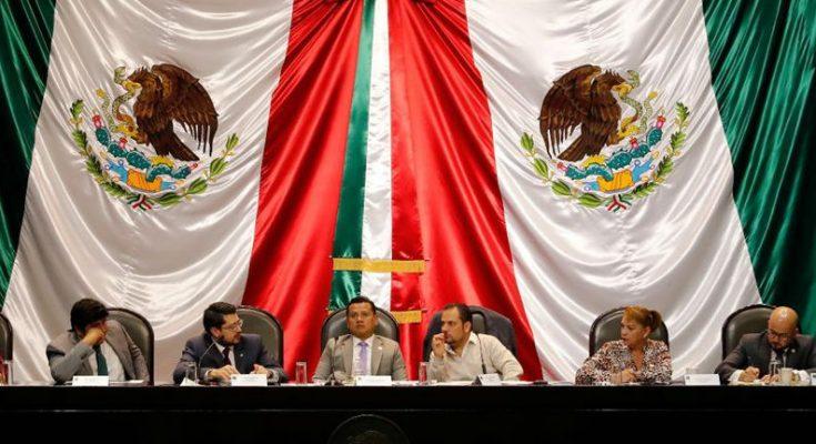 Carlos Martínez, del Infonavit, se reúne con la Comisión de Vivienda