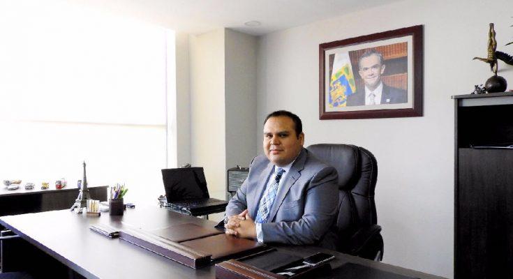 Nombran a Carlos Meneses nuevo titular de Semovi CDMX