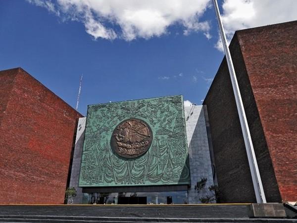 Celebran 40 años de fundación del Palacio Legislativo de San Lázaro