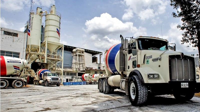 Cemex suministra 30,000 toneladas de cemento para aeropuerto de Teruel