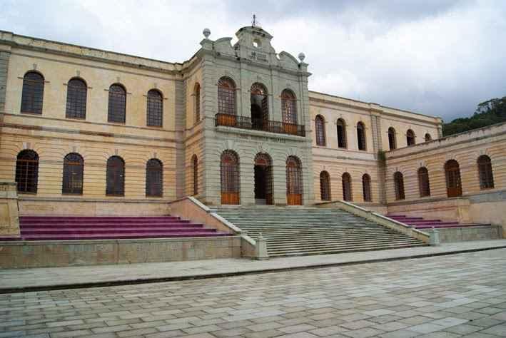 UNAM ayudará a formar docentes de diseño y artes en Oaxaca