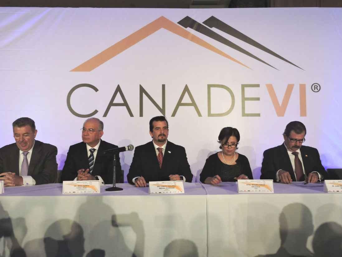 Canadevi celebra 15 años de impulsar a la vivienda en México
