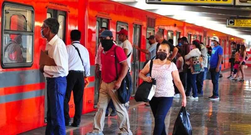 Cómo evitar contagiarte de Covid-19 en el transporte público