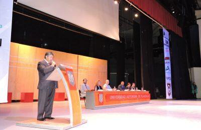Realiza Novaceramic congreso de arquitectura en la UAT