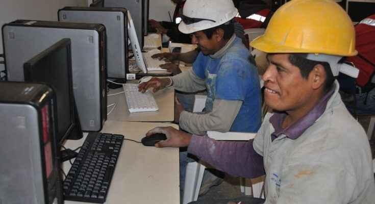 Construyendo y Creciendo obtiene premio CEMEX-TEC