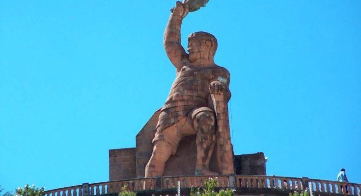 Continúan trabajos de restauración del monumento al Pípila