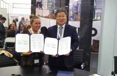 Firma Conavi memorándum de entendimiento con Corea del Sur