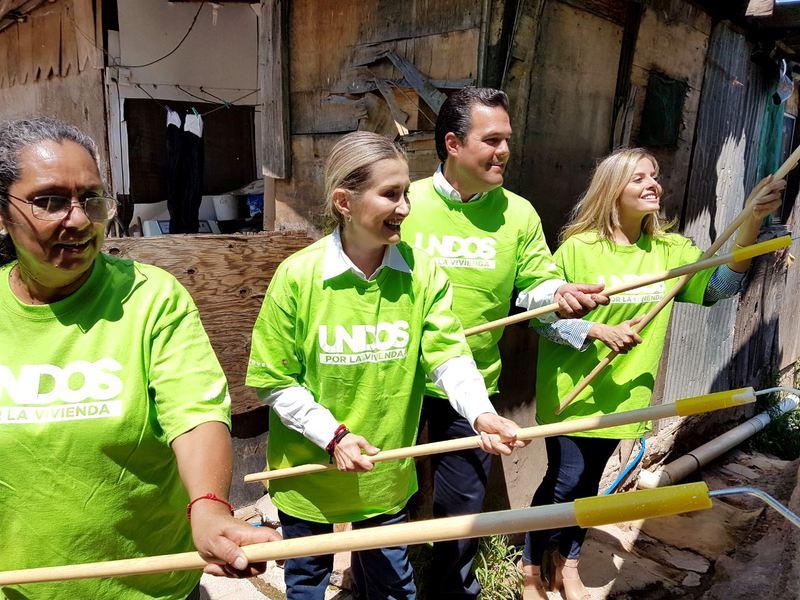 Entregan acciones de vivienda en Nogales