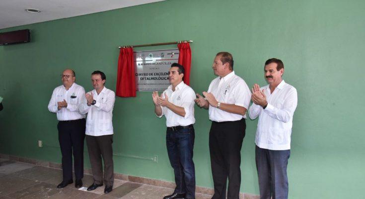 Inauguran Centro de Excelencia Oftalmológica