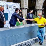 Sedatu entrega 324 escrituras y títulos de propiedad a familias de Jalisco