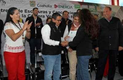 Compra gobierno de Coahuila cartera vencida al Fonhapo para dar certeza jurídica a familias de escasos recursos