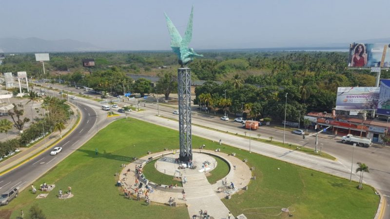 Inauguran escultura Alma Imperial en Acapulco