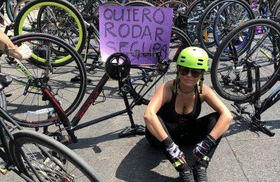 Sobre ruedas las mujeres también marchamos