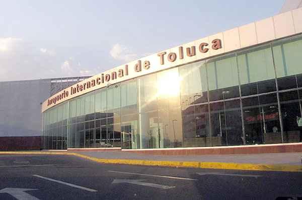 Edomex instala mirador en el Aeropuerto Internacional de Toluca