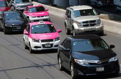 ¿En 2020 no podrá viajar una sola persona en auto? Esto dice Semovi
