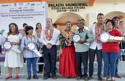 Entregan casas en Oaxaca a damnificados por sismos de 2017
