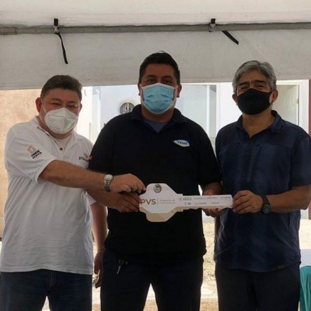 Entregan viviendas a familias relocalizadas por Tren Maya en Campeche