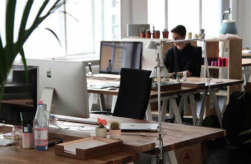 Espacios abiertos y colaborativos promueven bienestar de trabajadores