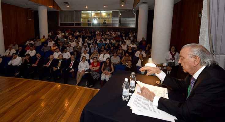 SCT se ha encargado de modernizar al país: Flores Caballero