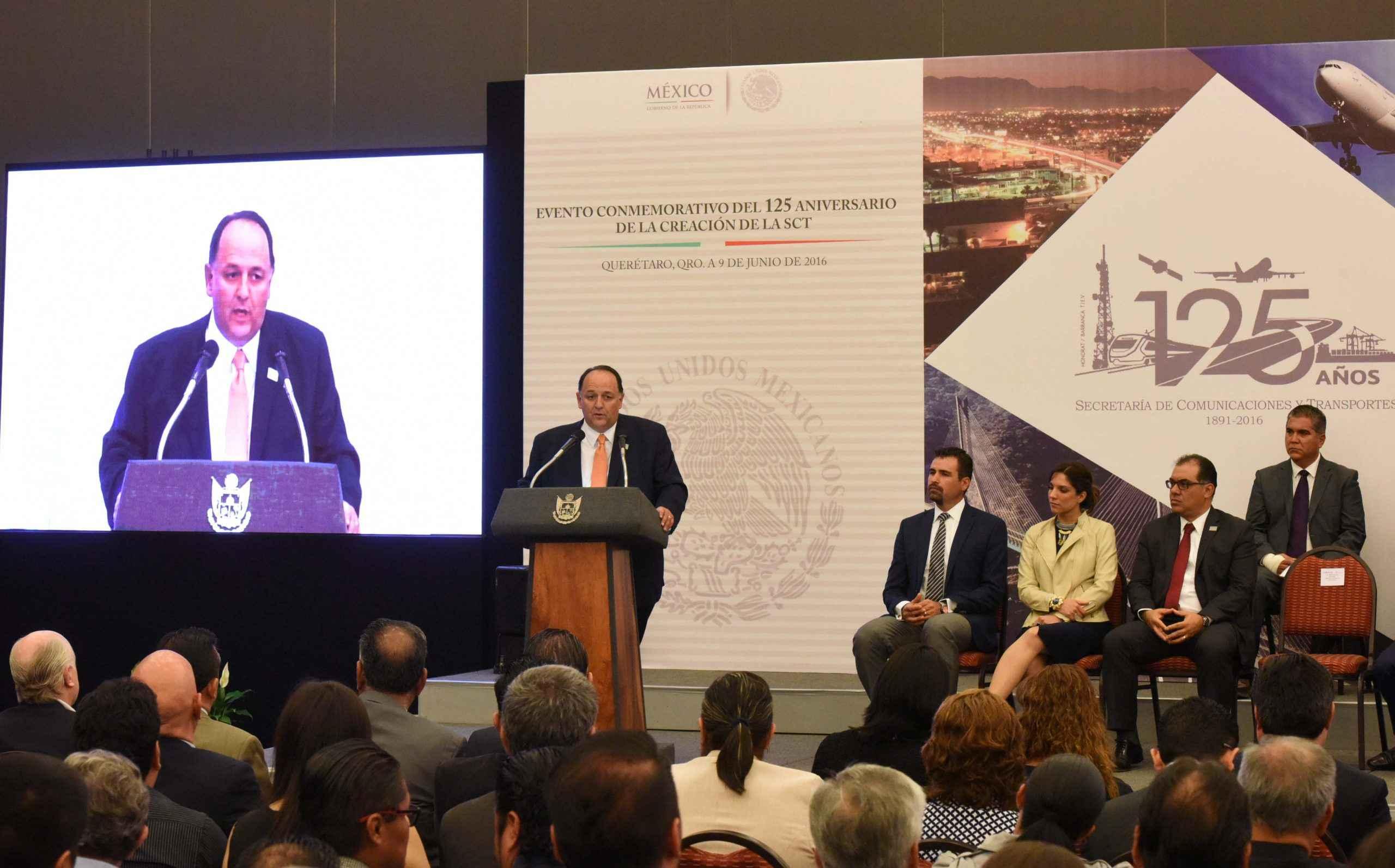 SCT y gobierno de Querétaro ejecutarán obras por 900 mdp